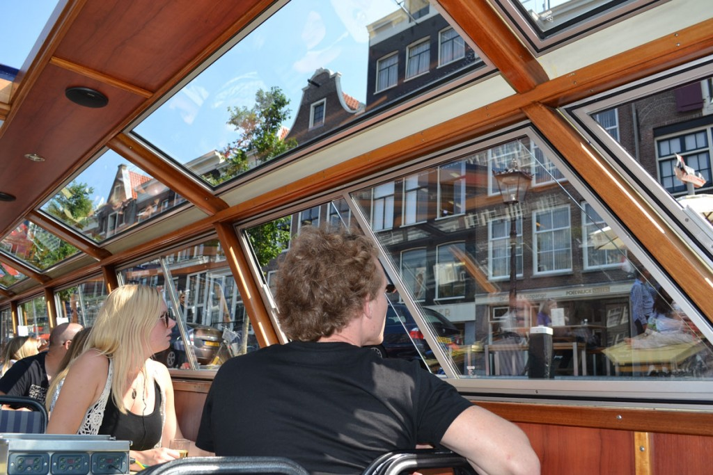 amsterdam-boothuur-traditionele-rondvaartboot3