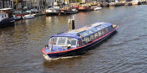Tradional canal cruise tickets