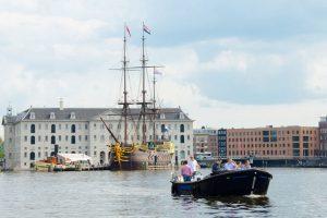 Open_Boat_Max-Private_Canal_Cruise_Amsterdam-Amsterdam_Boattour-04