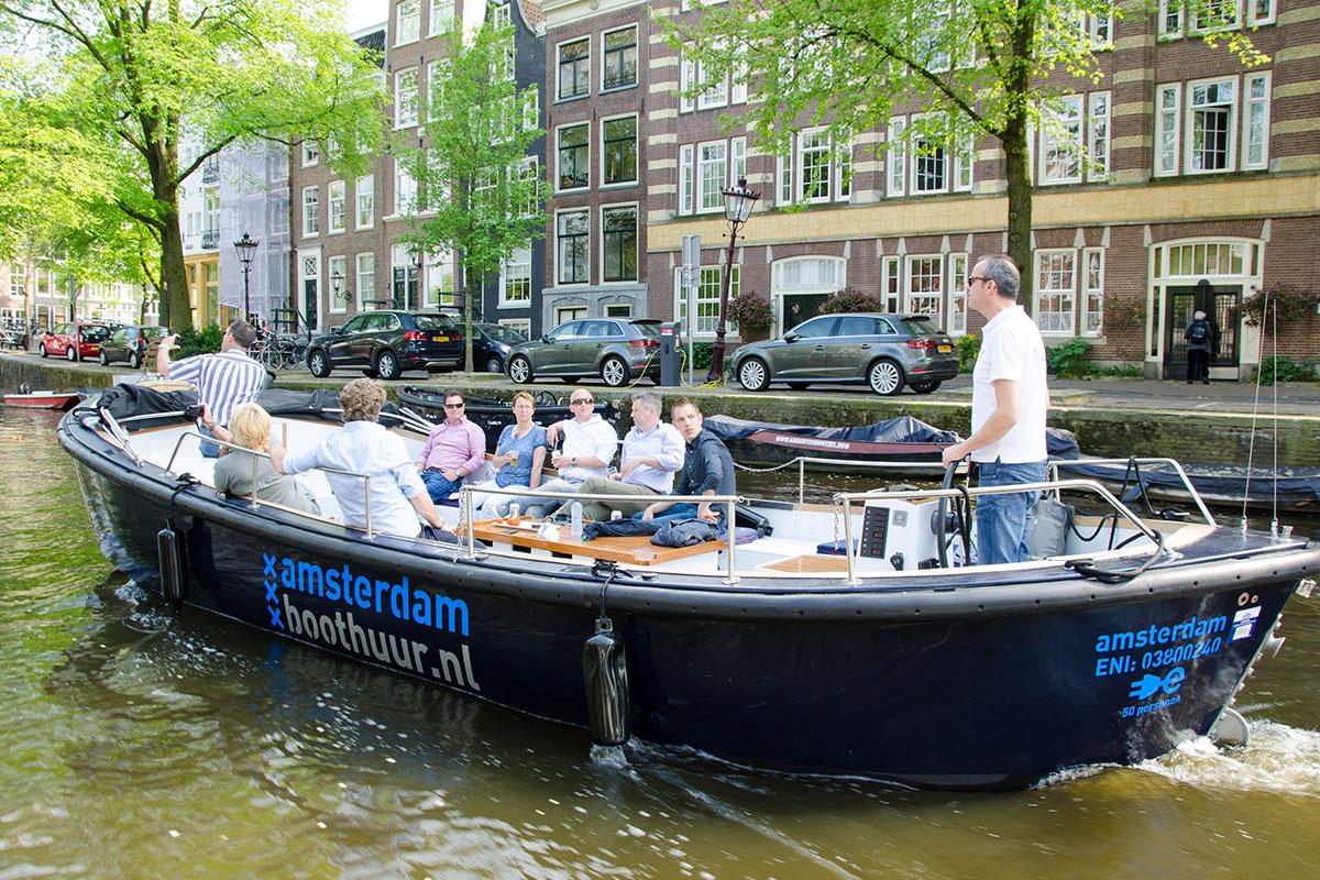 Open_Boat_Max-Private_Canal_Cruise_Amsterdam-Amsterdam_Boattour-05