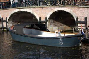 Open_Boat_Max-Private_Canal_Cruise_Amsterdam-Amsterdam_Boattour-07